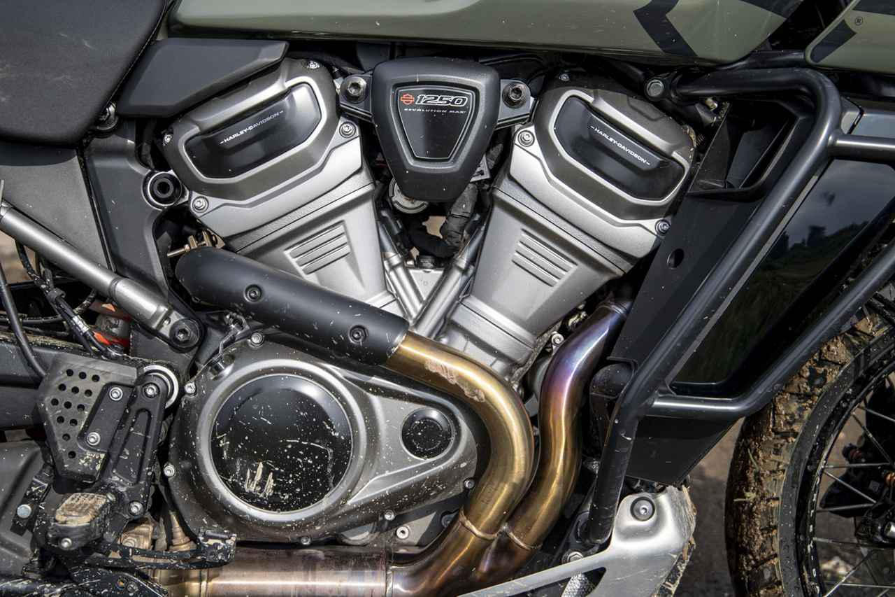 画像1: ストレスなく、楽しいエンジン 60度+30度オフセットで90度Vツインの味を実現