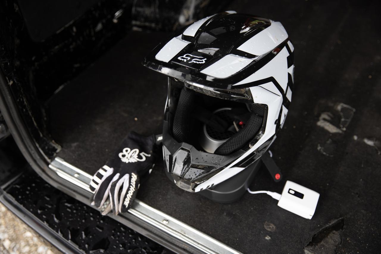 画像4: その効果、想像を遙かに超える。ヘルメット乾燥機をめっちゃススメたい