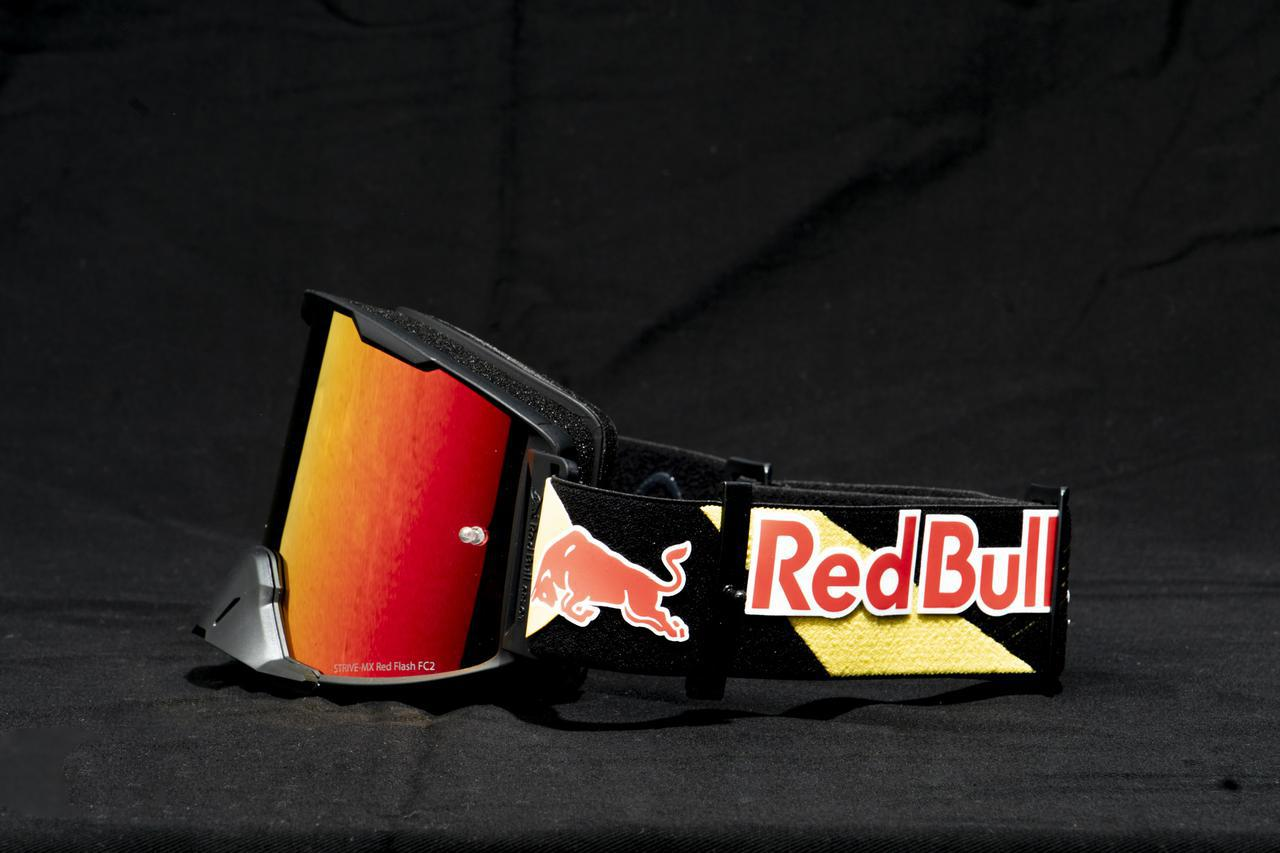 画像: レンズ、スポンジ、バンドが交換可能で、永く使い続けられるRed Bull SPECTゴーグル