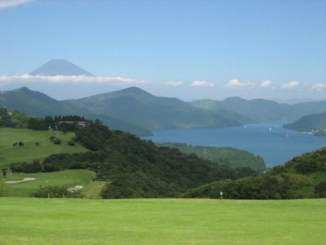 画像: 神奈川と静岡2県にまたがる箱根くらかけゴルフ場