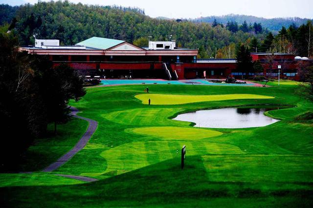 画像: 札幌市内の風光明媚なゴルフ場、滝のカントリークラブ