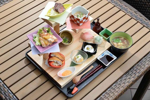 画像: 栃木おもてなし3段御膳」(1500円)。