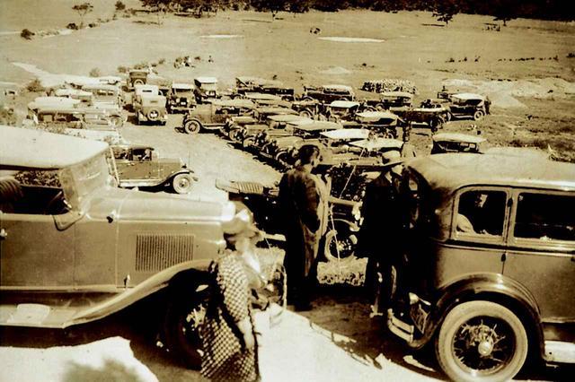 画像: 昭和初期、多くの外国人が避暑に訪れた