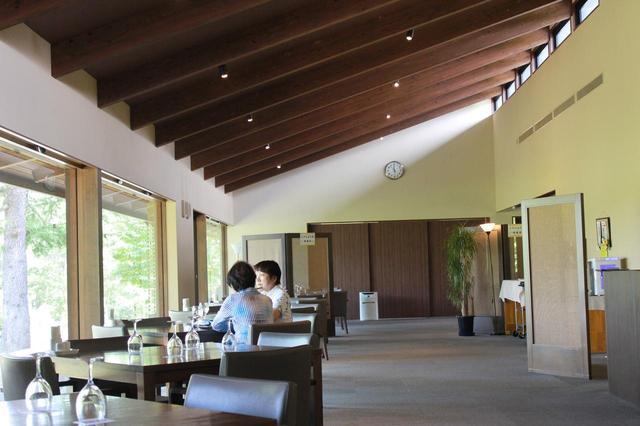 画像9: 【倶楽部 我山】木立に囲まれたクラブハウス。自分の山へひっそり遊びに行くような隠れ家コース!