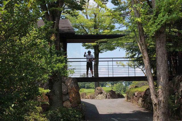 画像8: 【倶楽部 我山】木立に囲まれたクラブハウス。自分の山へひっそり遊びに行くような隠れ家コース!