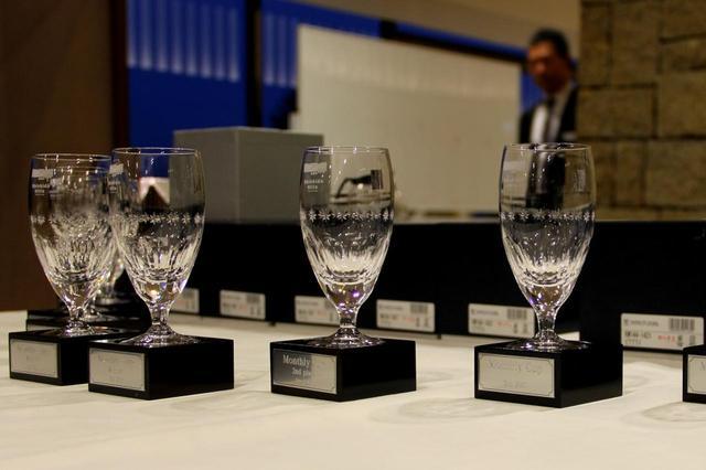 画像: 宍戸ヒルズカントリークラブのガラス製記念品(ビアグラス)。さらにクラブハウス内で使える商品券が付く