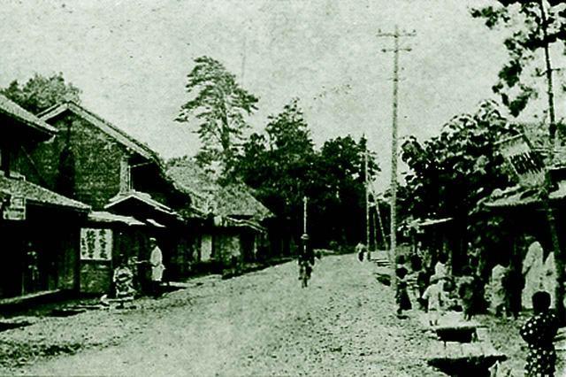 画像: 開場当時の我孫子町風景。八坂神社付近