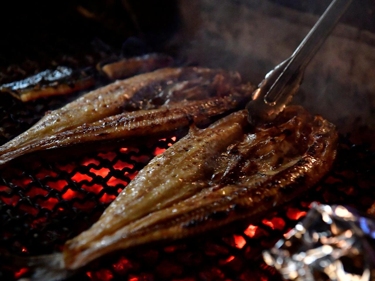 画像: ホッケの炉ばた焼き。香ばしい