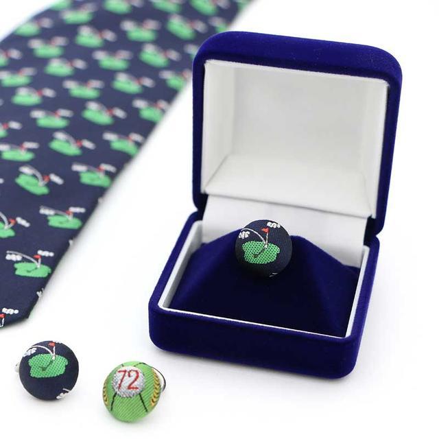画像: 柄は、72デザイン・グリーンモチーフの2種類。グリーンモチーフのネクタイもラインナップ。