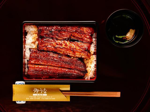 画像: 大正時代から川魚料理店として店を構える老舗小松屋