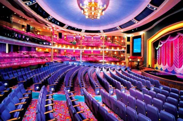 画像: 船内のシアター&劇場