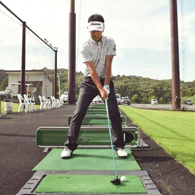 画像2: 【夏ゴルフ】ラフからのフェアウェイウッドはバンカーショットの要領で打つ!