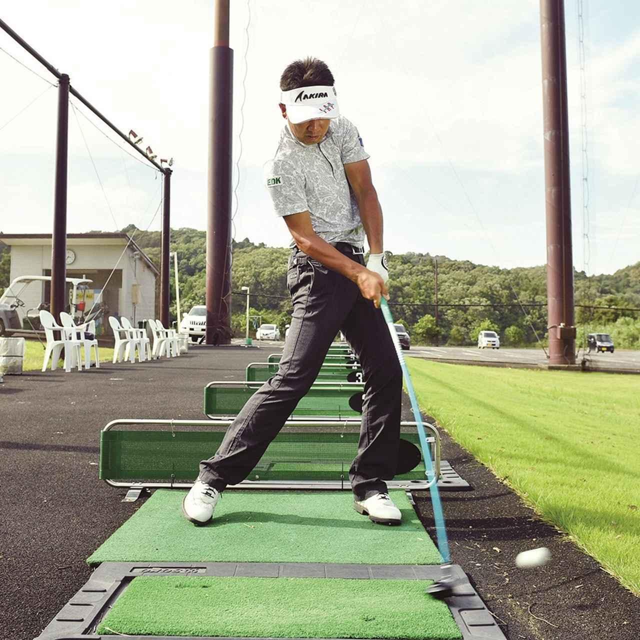 画像4: 【夏ゴルフ】ラフからのフェアウェイウッドはバンカーショットの要領で打つ!