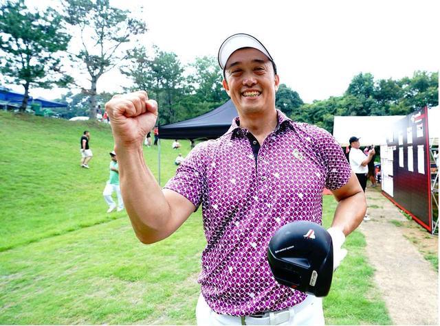 画像: 堀田晃宏選手(53歳) ヘッドスピード 60m/s 身長 183cm 体重 93kg