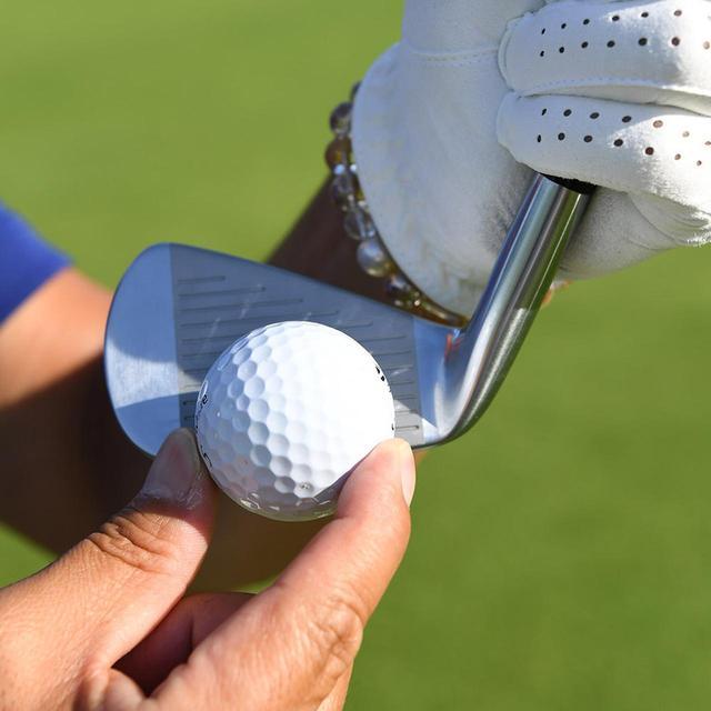 画像: ヘッドの厚みがあるフェース下でも飛び打感が損なわれない