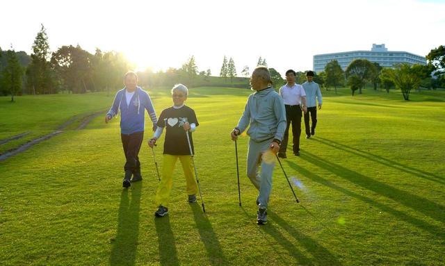 画像1: 【鹿児島・合宿】青木功プロのトレーナー比佐仁先生と行く、百歳までゴルフ! 「からだ改善」6日間の旅