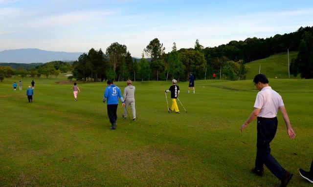 画像2: 【鹿児島・合宿】青木功プロのトレーナー比佐仁先生と行く、百歳までゴルフ! 「からだ改善」6日間の旅