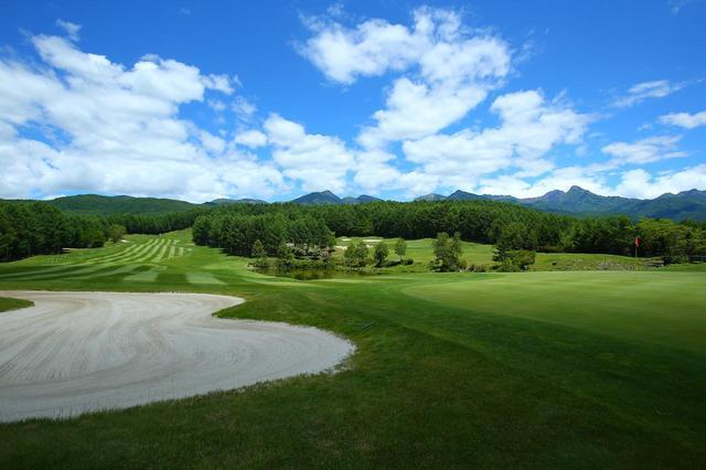 画像: 圧倒的な広さにチャンピオンコース「鹿島南蓼科ゴルフコース」