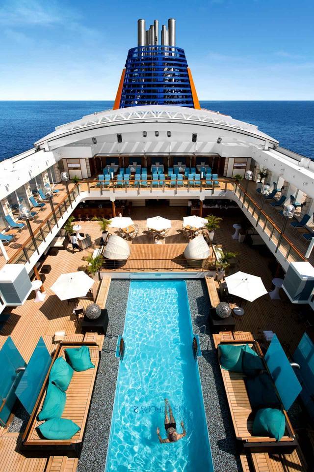 画像: 豪華客船「オイローパ2」。至福な時間、空間