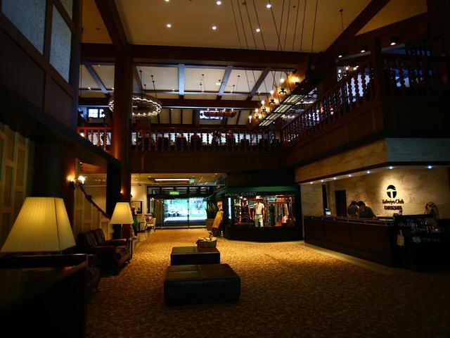 画像: 大人のリゾートらしい落ち着いたクラブハウス