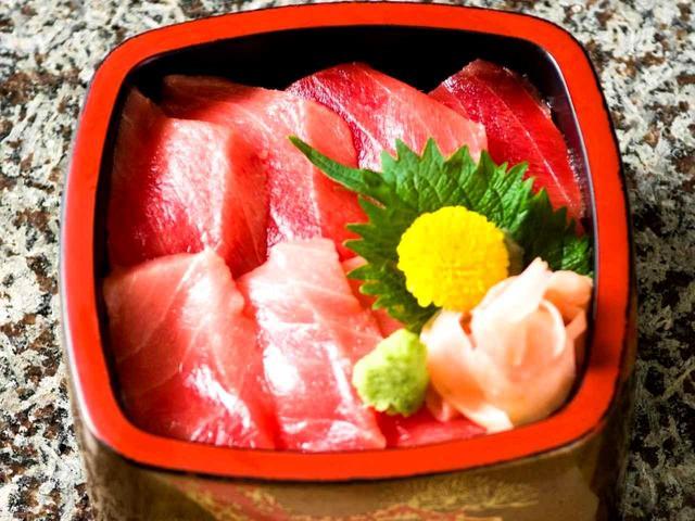 画像: 鉄火丼1800円