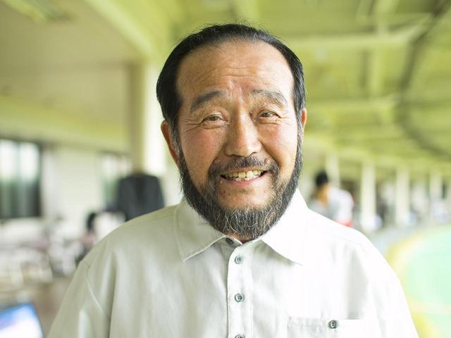 画像: 【教える人】 篠塚武久先生。時松隆光プロを育て、テンフィンガーの研究は20年以上。福岡市で桜美ゴルフハウスを主宰