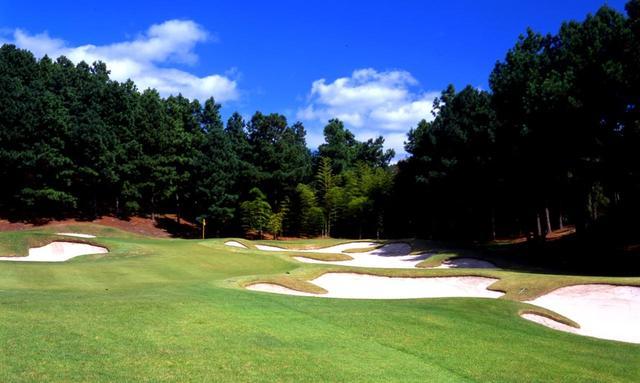 画像: 六甲国際ゴルフ倶楽部東コース 17番