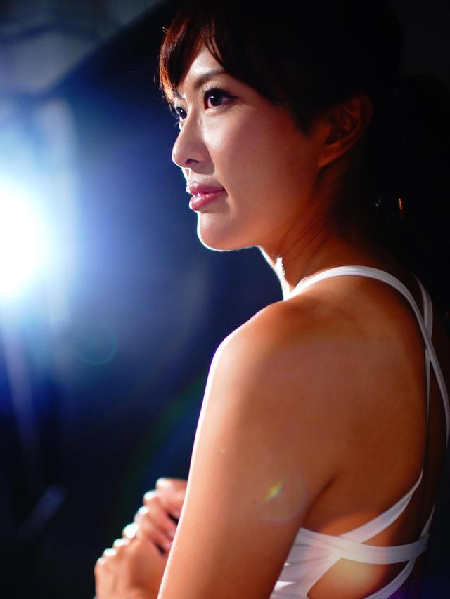画像: 【解説】小澤美奈瀬 ゴルフダイジェストの美女ゴルフユニット「GOLULU」メンバーとしてもおなじみ。現在、ミニツアーなどに参戦しながら、名古屋を拠点に全国各地でレッスンも行う26歳