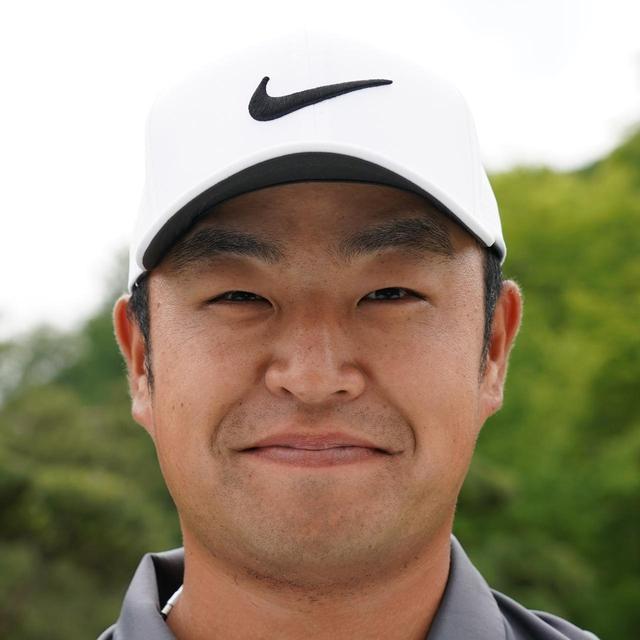 画像: 桜美式のテンフィンガーグリップで活躍中。関西オープンで通算3勝目