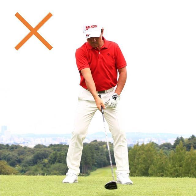 画像: 「右手がパーム(手のひら)だと、手首は手のひら側に折れやすくなり、ハンドレートのインパクトになりやすくなります」