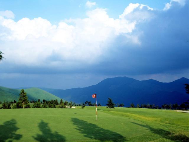 画像: 湯布高原ゴルフクラブ