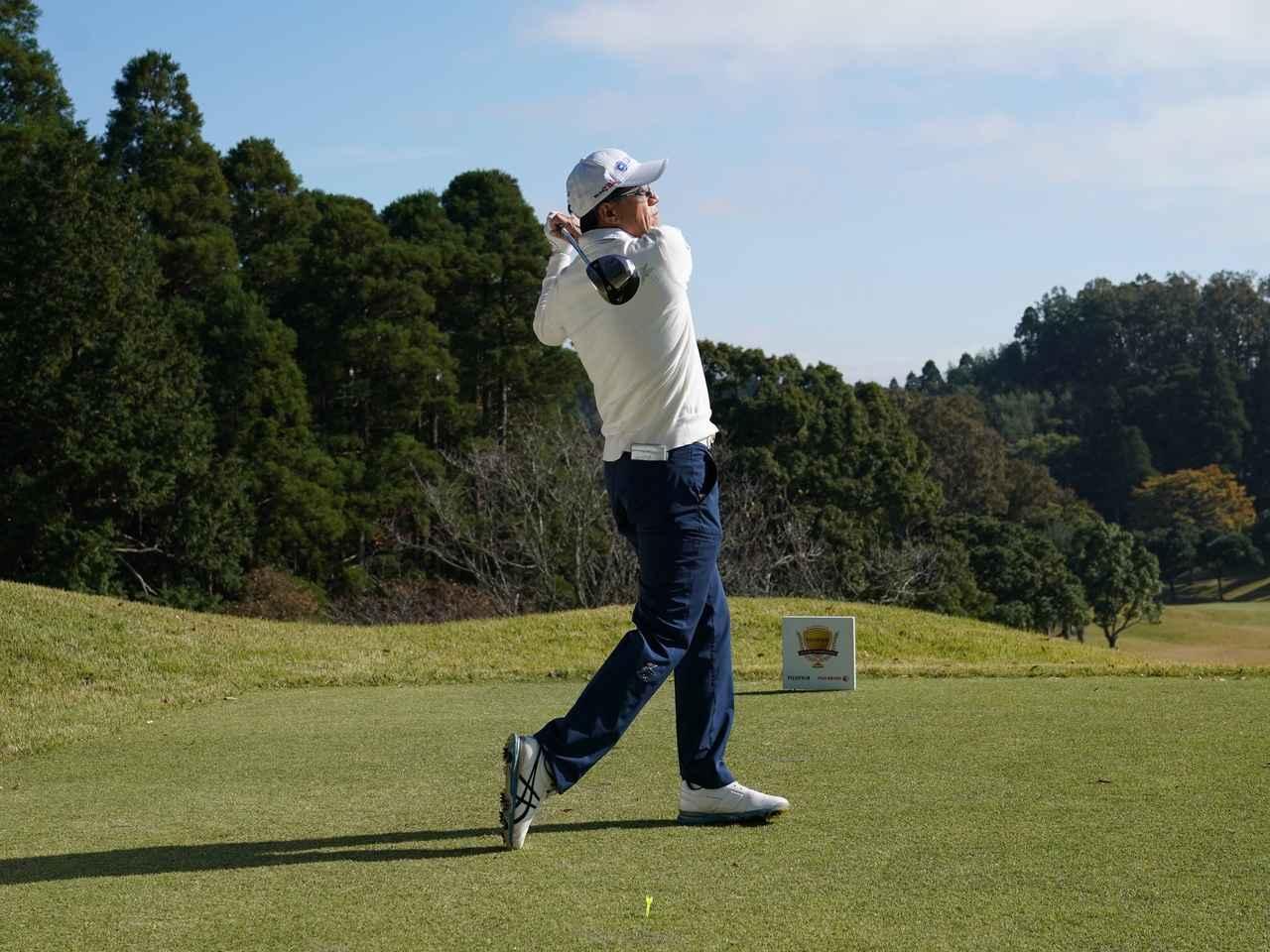 画像7: 【ミート率】ボールを左に置くから体が流れる。ボールはスタンスの真ん中に! 田村流スウェイの直し方