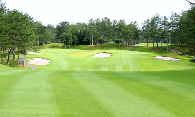 画像: コースの面白さや芝生やグリーンのコンディションも大切だが、コンペではコースの「グレード」が優先事項