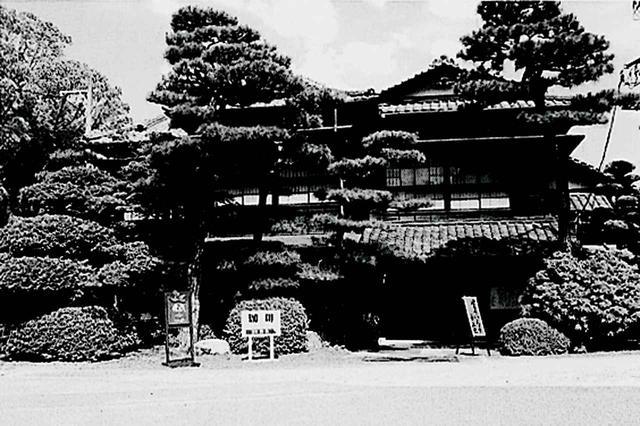 画像: コースのレストラン兼フロントとして使われていた喫茶「舞衣」