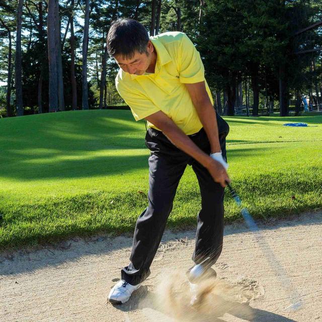 画像: 「『Cグラインド』のソールは砂との相性もいい。バンカーから『上げる、転がす』のイメージどおりに打ちやすい」