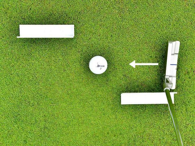 画像: テークバックサイドは手前側に、フォローサイドは外側にクランプをセット