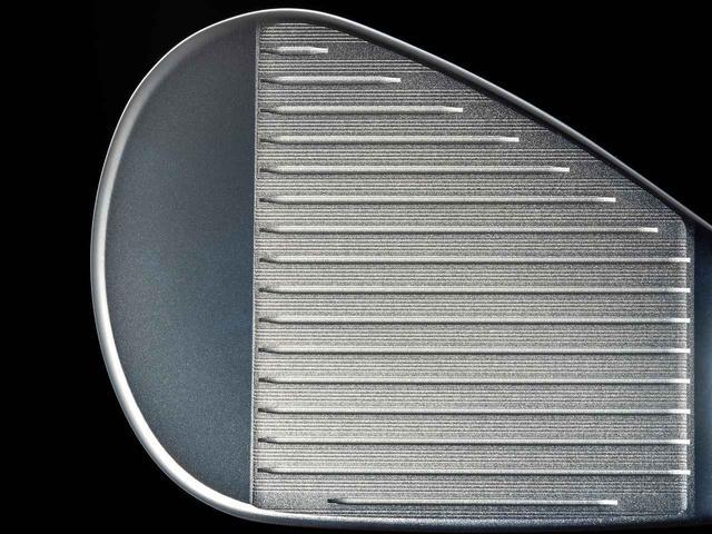 画像: スコアラインの間も凸状に加工。摩擦係数が高まった