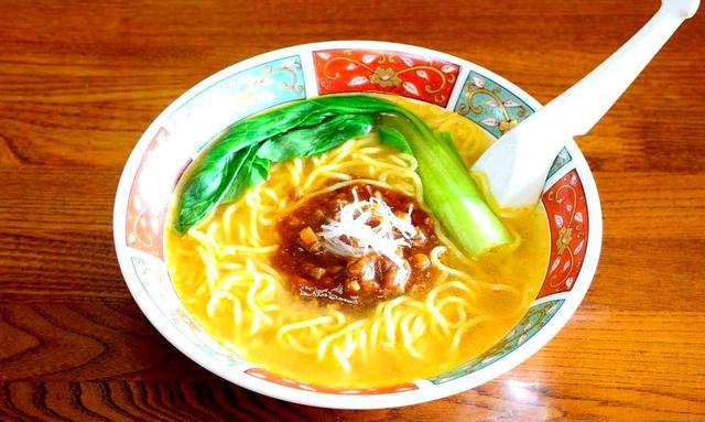 画像: 担々麺800円