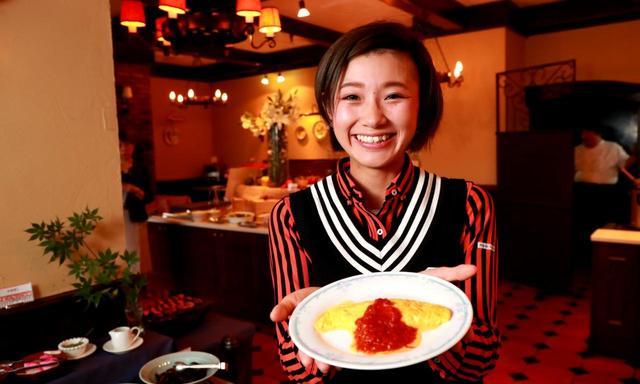 画像: 「オムレツに完熟トマトのソースをたっぷり」(中里)