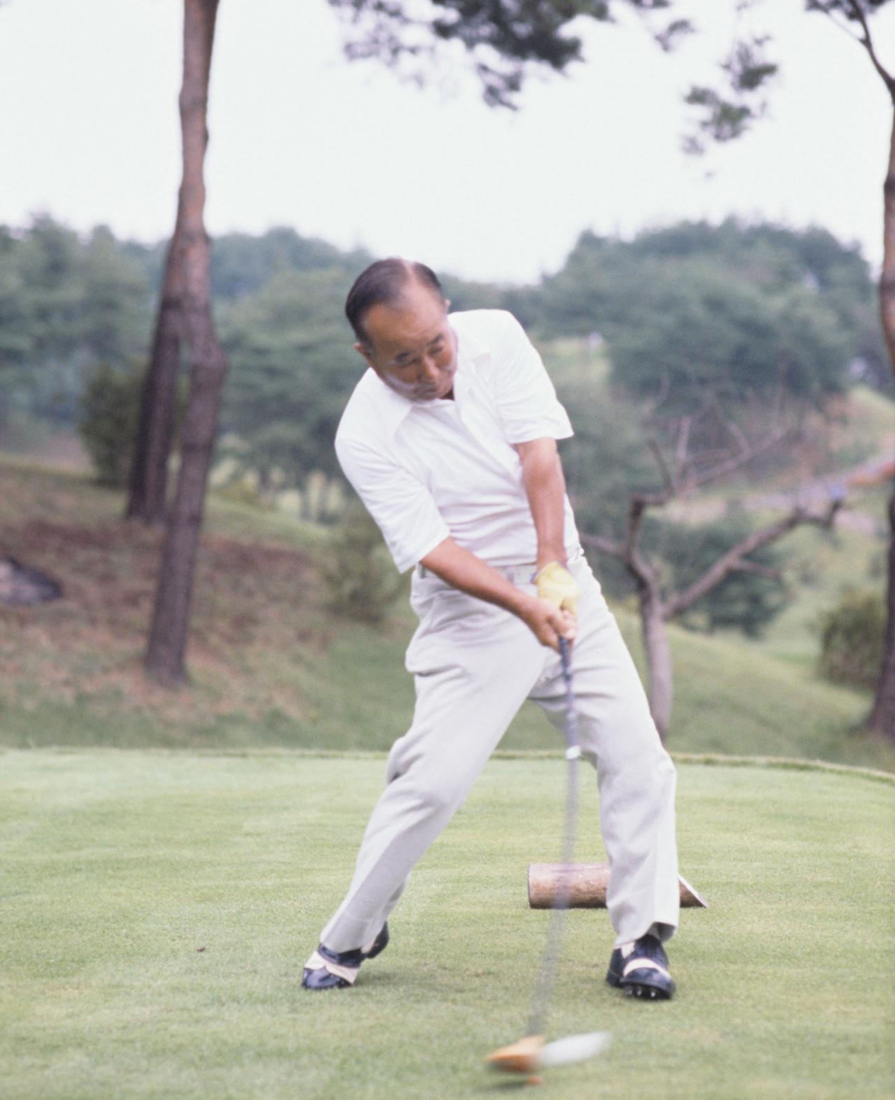 画像5: 【今日は何の日? ゴルフの日】60年前の昭和32年10月27日にカナダカップ優勝。霞ヶ関CC東コースでマークした日本チームのスコアは? 日本のタイガー中村寅吉