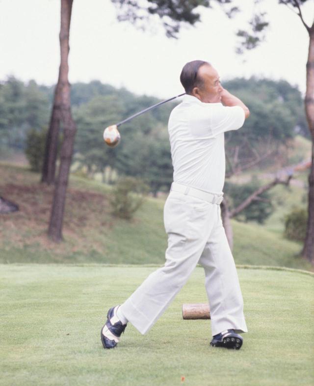 画像7: 【今日は何の日? ゴルフの日】60年前の昭和32年10月27日にカナダカップ優勝。霞ヶ関CC東コースでマークした日本チームのスコアは? 日本のタイガー中村寅吉