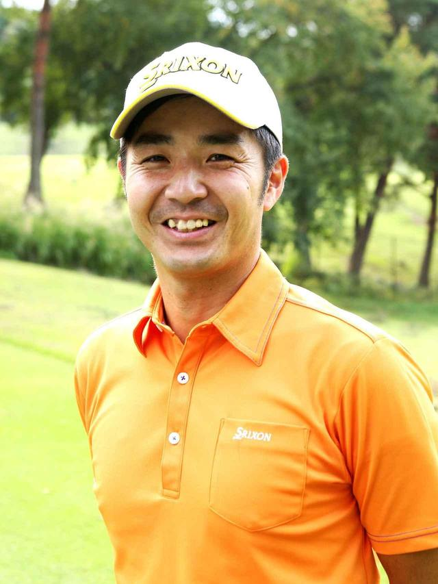 画像: 藤原慶昌プロ(ヘッドスピード40m/s役) ジュニアゴルファーを中心にやさしく、わかりやすい指導が評判。今回はヘッドスピード40m/sになりきって、アマチュアの気持ちで試打してもらった