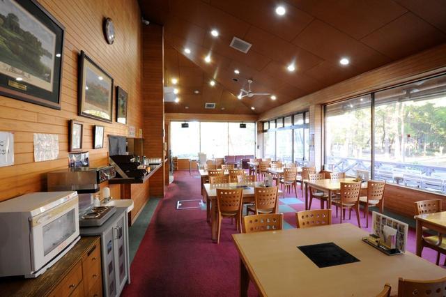 画像: 落ち着いた雰囲気のレストラン