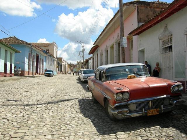 画像: 石畳の街並み