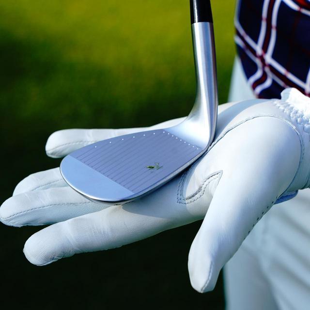 画像: ツアーB XW-2(ブリヂストンゴルフ) ヘッド:軟鉄鍛造 ロフト角:48度、50度、52度、56度、58度