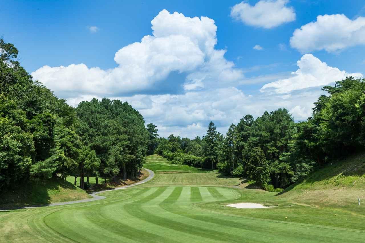 Images : 4番目の画像 - 高低差がある多彩な18ホール - ゴルフへ行こうWEB by ゴルフダイジェスト