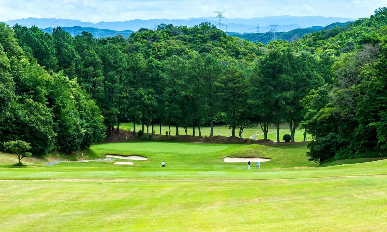 Images : 3番目の画像 - 高低差がある多彩な18ホール - ゴルフへ行こうWEB by ゴルフダイジェスト