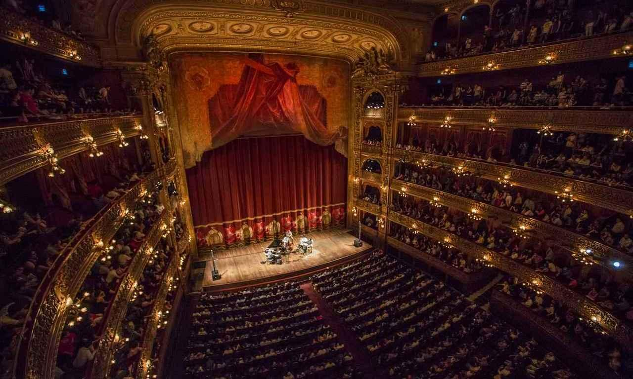 画像: 世界三大劇場の一つ「コロン劇場」は19年の歳月をかけて1908年に完成