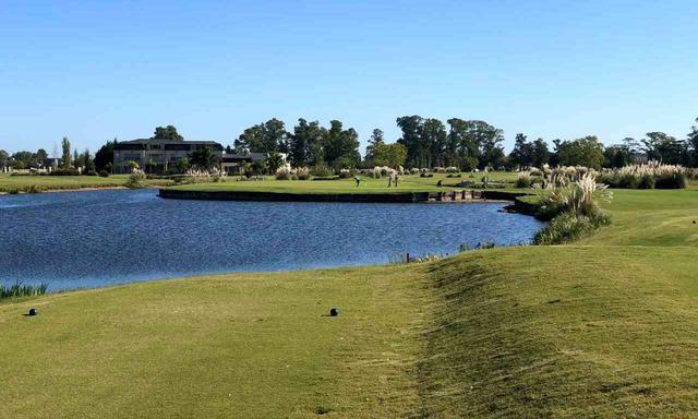 画像: サンエリセオゴルフ&カントリークラブ フェアウェイが広く、ダイナミックなゴルフが楽しめる