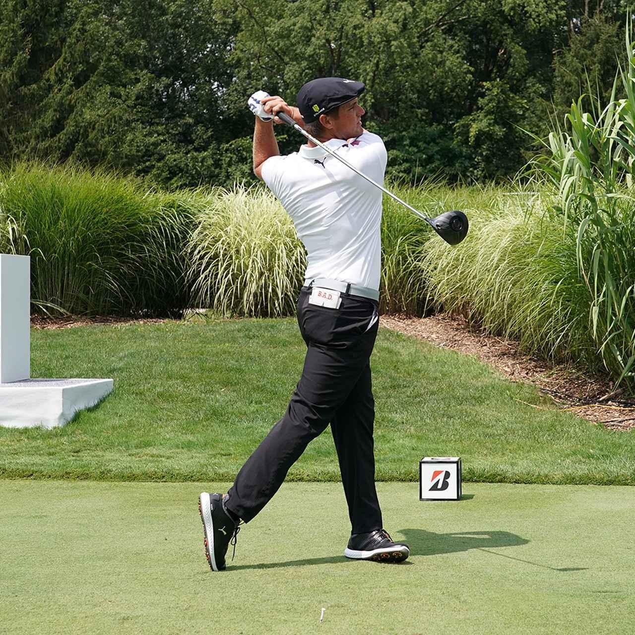 """画像2: 【ブライソン・デシャンボー】変則にみえて合理的。同じ動きで全クラブを網羅""""ライン出し""""スウィング。PGAツアー初戦も優勝"""